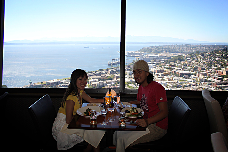 Dine In Style 360 Brunch At Sky City Restaurant Seattle Wa