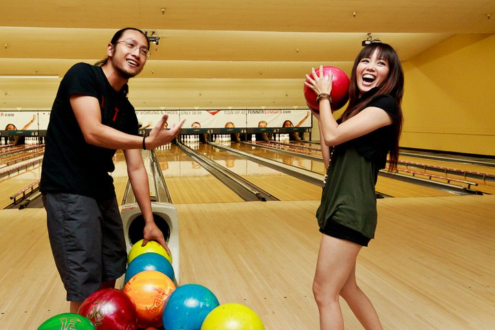10 Couples Who Found Love on the Lanes