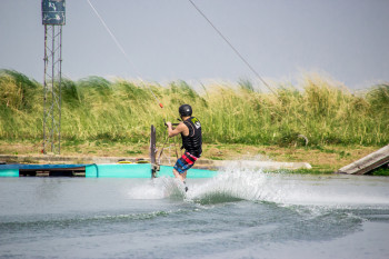 wakeboarding-more-fun-in-the-philippines-0456-5