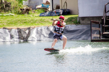 wakeboarding-more-fun-in-the-philippines-0486-19