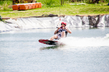 wakeboarding-more-fun-in-the-philippines-0487-20
