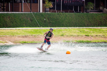 wakeboarding-more-fun-in-the-philippines-0515-33