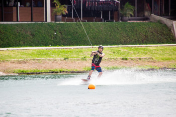 wakeboarding-more-fun-in-the-philippines-0522-38